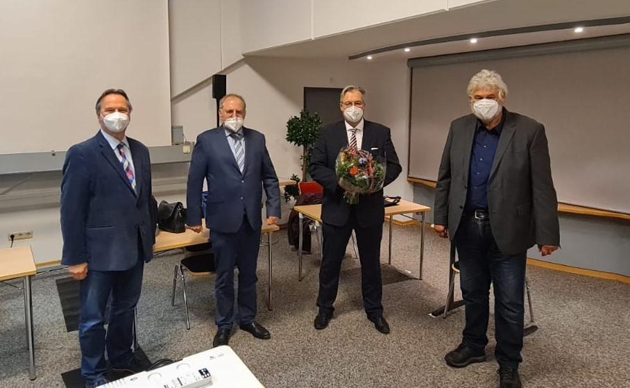 v.l.n.r. Hayo Wiebersiek (1. Vorsitzender), Hermann Reinders (Versammlungsleiter), Heiko Schmelzle (Bürgermeisterkandidat) und Wolfgang Sikken (Fraktionsvorsitzender). Foto: CDU Norden.